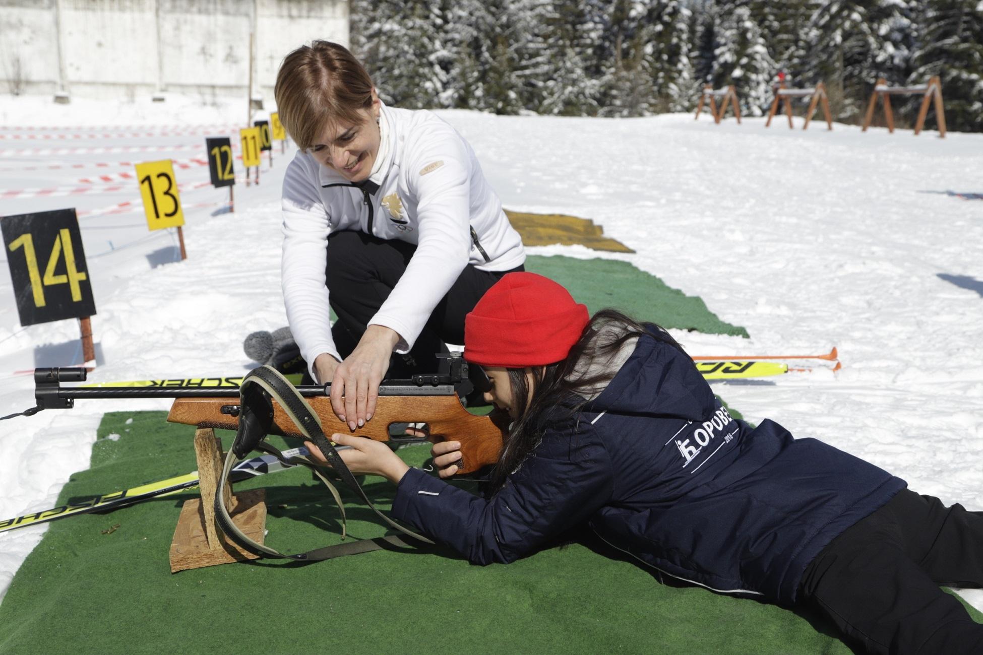 Александра Жекова и Йордан Йовчев се изправиха един срещу друг