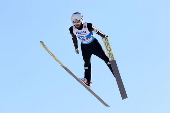 Българинът Владимир Зографски преодоля квалификациите на състезанието на голяма шанца