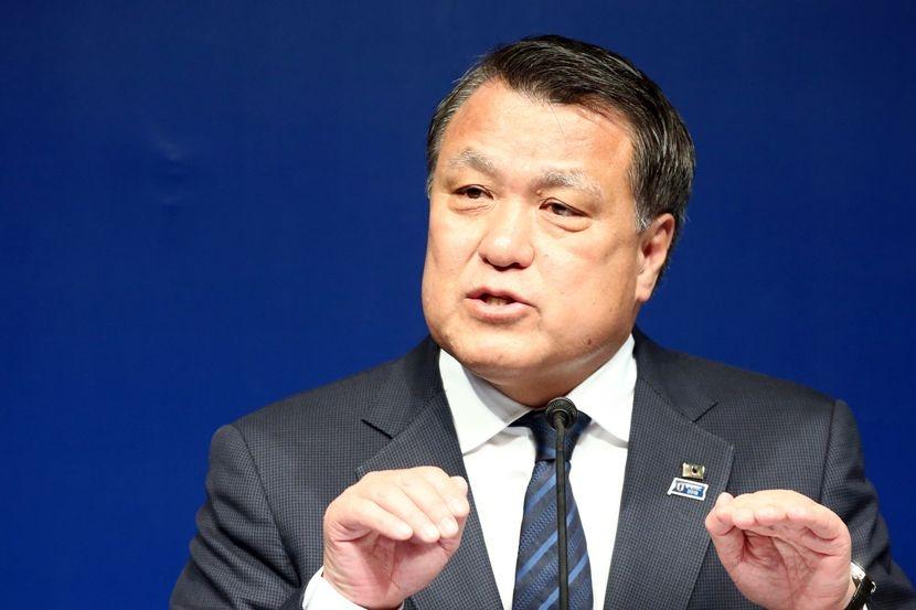 Президентът на Японската футболна асоциация Кодзо Тасима е заразен от