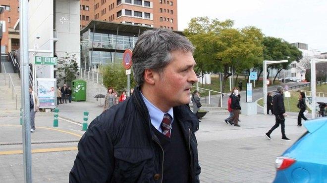 Шефът на медицинския щаб на Барселона Рамон Канал е първият