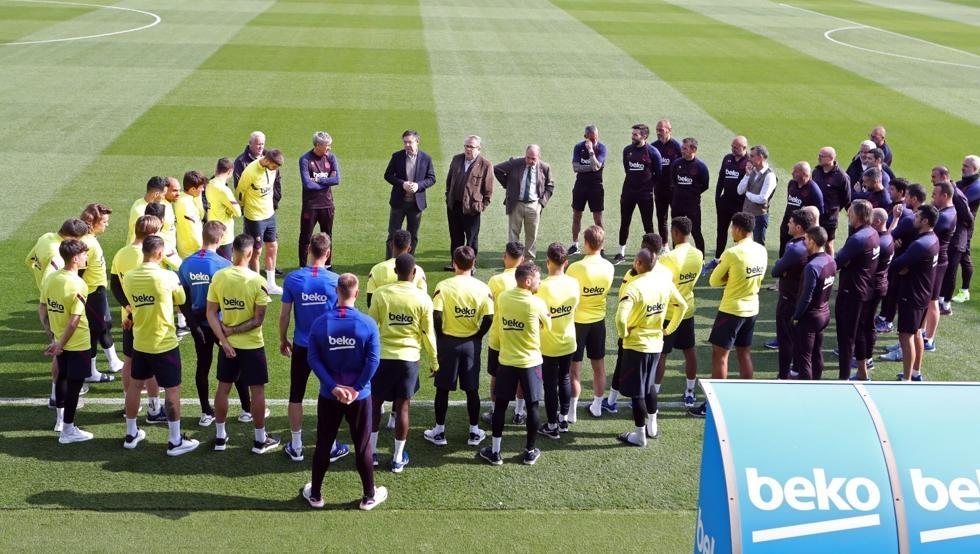 Ръководството и футболистите на Барселона имат различни виждания за редуцирането
