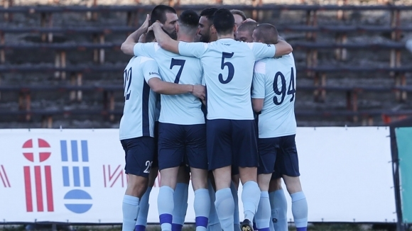 Футболните клубове в България ще пострадат сериозно и ще имат