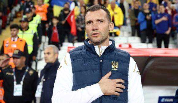Прекратилият кариерата си бивш украински нападател Андрий Шевченко сравни настоящото