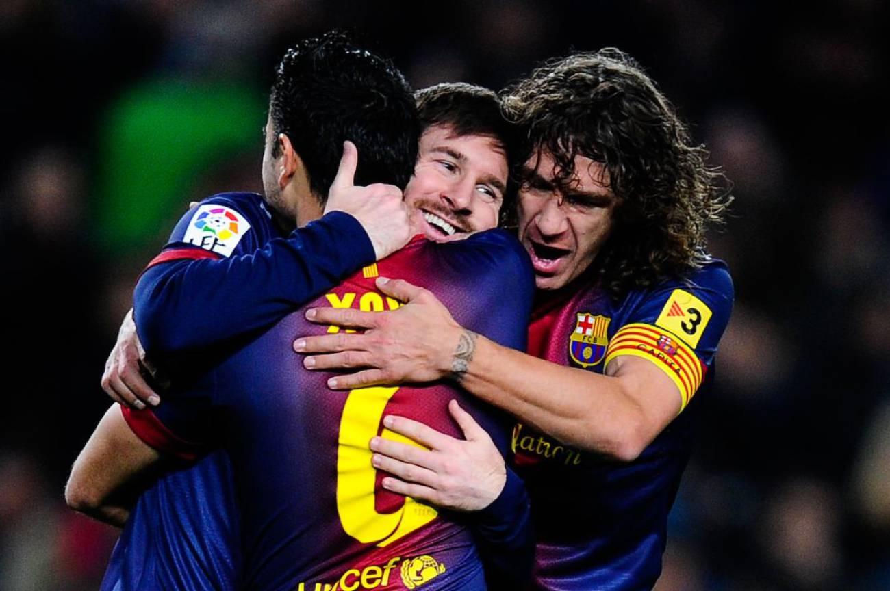 Трима от легендарните футболисти на Барселона Чави Ернандес, Карлес Пуйол