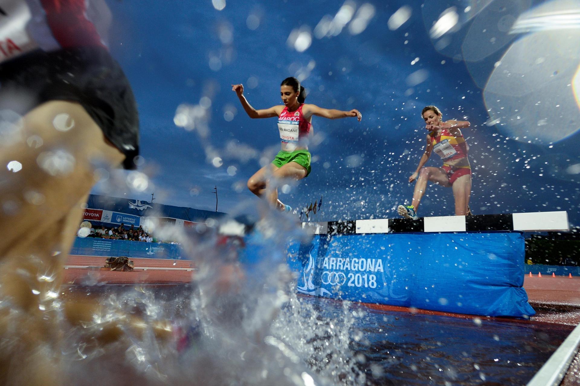 Средиземноморските игри 2021 г. бяха отложени за 2022 г. заради