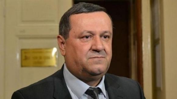 Български депутат е заразен с коронавирус. Новината съобщи председателят на