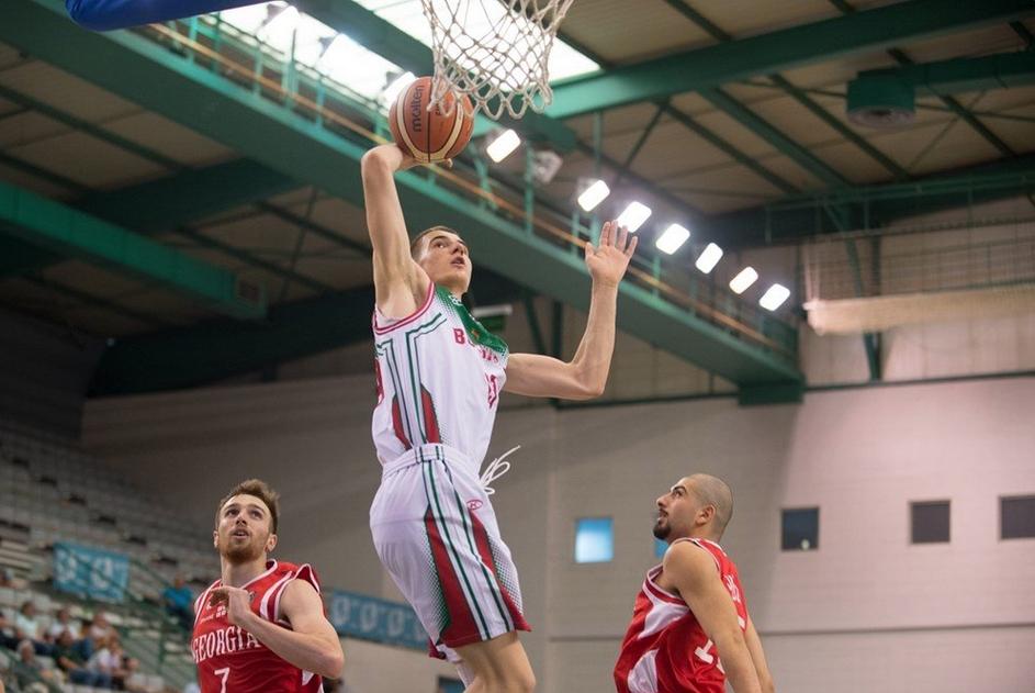 Един от най-талантливите баскетболисти в България - младежкият национал Марин