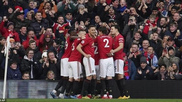Футболистите на Манчестър Юнайтед са взели решение доброволно да се