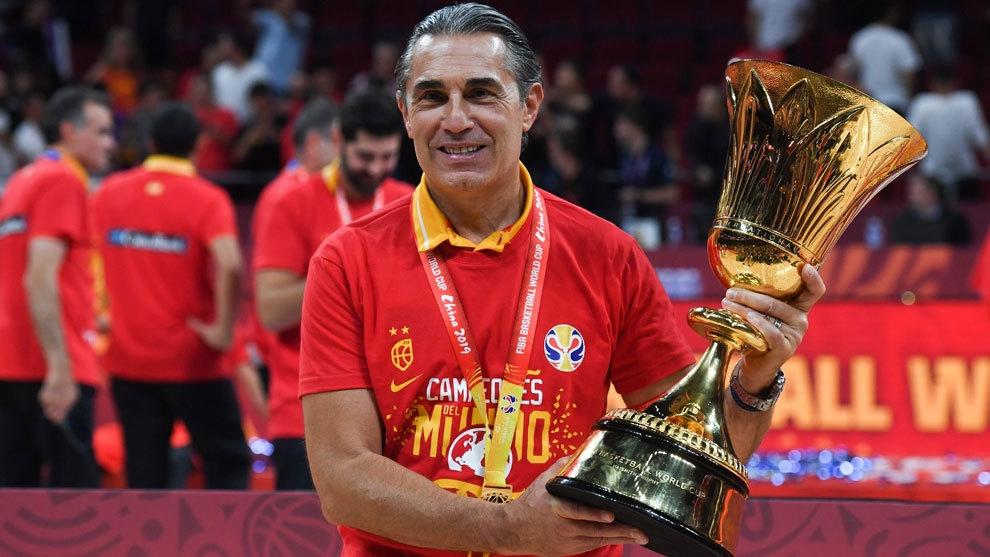 Настоящият селекционер на испанския национален отбор по баскетбол Серджо Скариоло