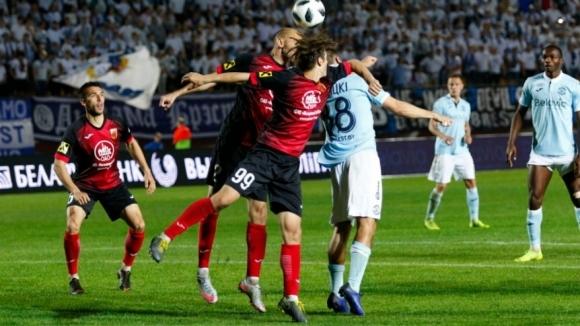 Отборите на Динамо (Брест) и Славия (Мозир) играят при резултат