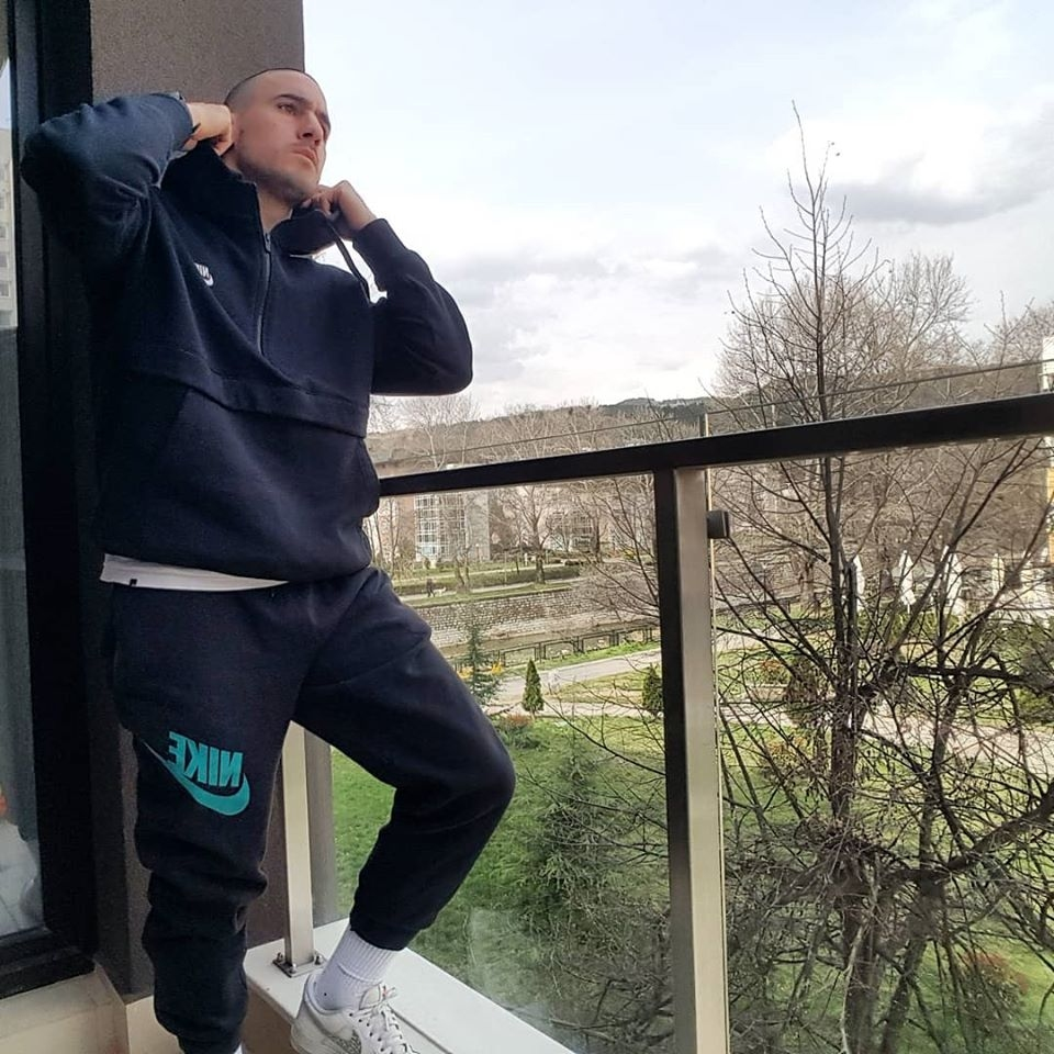 Гръцкият футболист на Пирин Благоевград Христос Контохристос демонстрира голям професионализъм