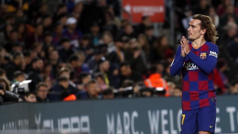 Нападателят на Барселона Антоан Гризман ще остане в клуба и