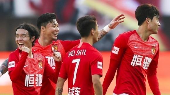 Футболистите от китайския национален отбор по футбол за мъже завършиха