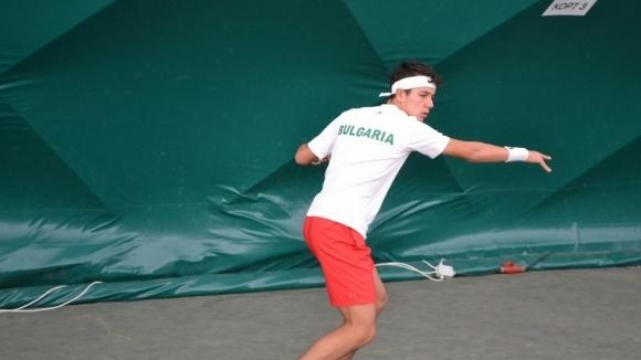 Един от най-талантливите родни тенисисти Антъни Генов също се включи