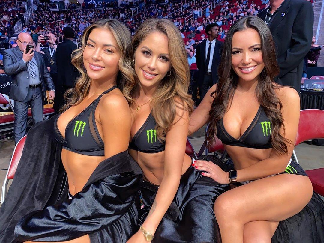 Момичетата от ринга на UFC Бритни Палмър и Рейчъл Монай,