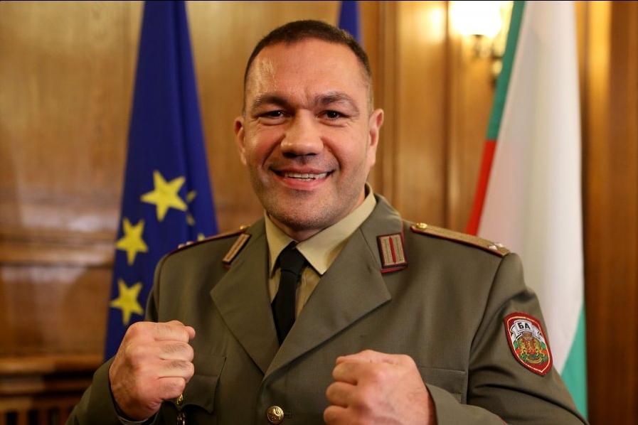 Най-добрият български професионален боксьор Кубрат Пулев не пропусна да отправи
