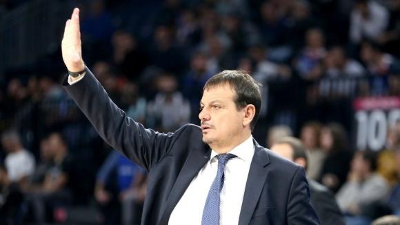 Старши треньорът на Анадолу Ефес Ергин Атаман определи решението на