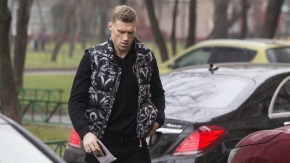 Нападателят на Урал Павел Погребняк е дал положителен тест за