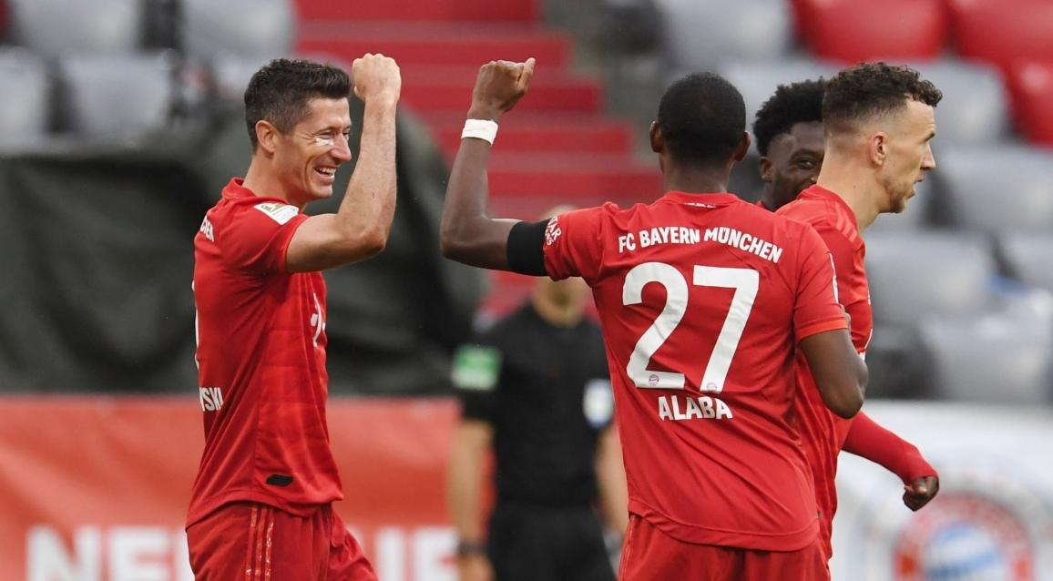 Притиснатият за пореден път от Борусия (Дортмунд) тим на Байерн
