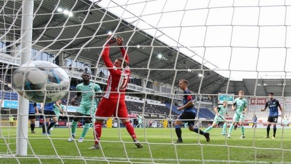 Отборите на Падерборн и Хофенхайм завършиха наравно 1:1 в мач