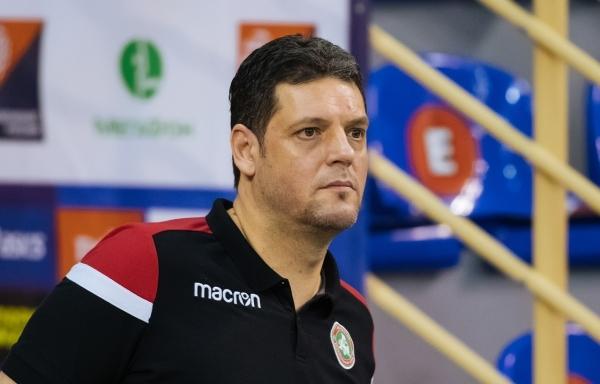 Старши треньорът на шампиона на Русия Локомотив (Новосибирск) Пламен Константинов
