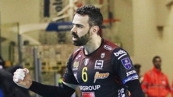 Опитният посрещачЯкопо Масаринапуска състава на миналогодишния шампион на Италия Кучине
