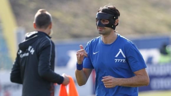 Мартин Райнов ще продължи да носи екипа на Левски и