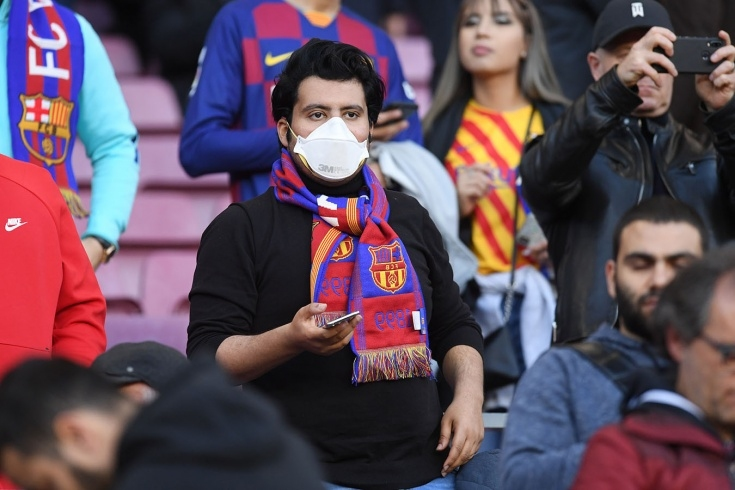Каталунският гранд Барселона пусна официално защитни маски за лице, които