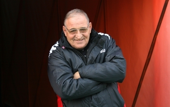 Почетният президент на ЦСКА-София Димитър Пенев се обяви против обединение