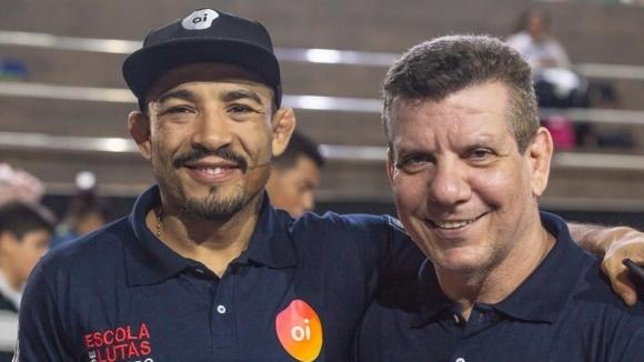 Главния треньор наЖозе Алдои лидер в залата Nova União, Андре