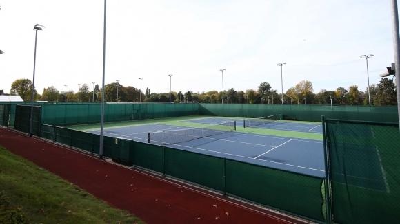 Серия от професионални турнири по тенис се подготвят във Великобритания