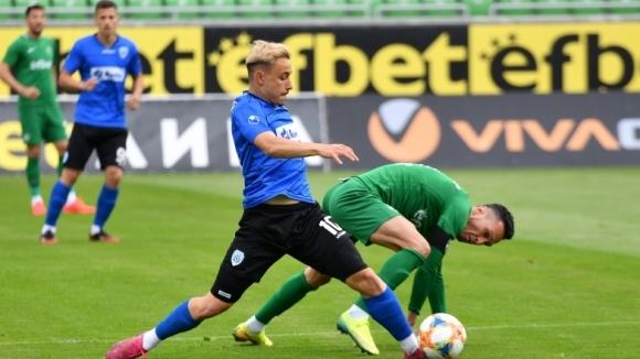 Oтборите на Лудогорец и Черно море играят при резултат 0:0