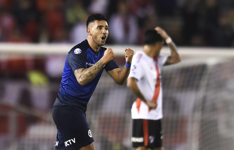 Рома ще насочи поглед към Аржентина за нови попълнения, пише
