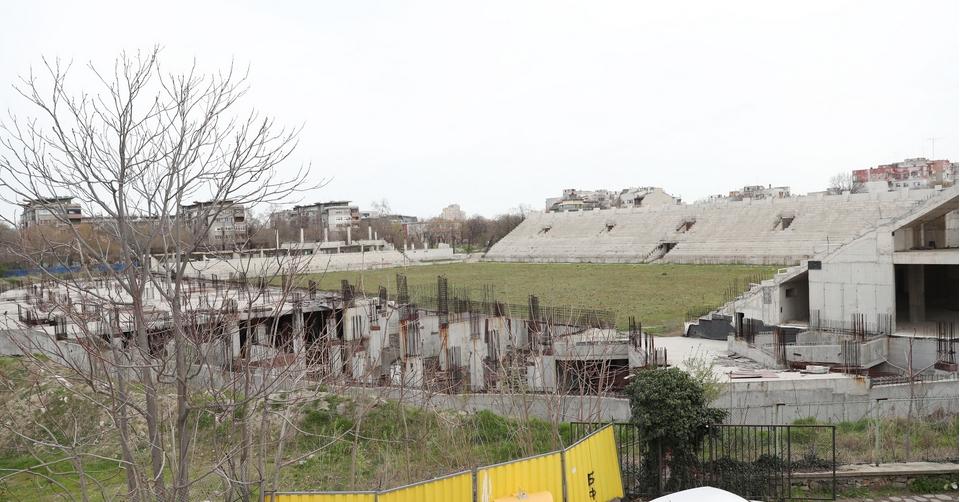 Снимка: Община Пловдив очаква оферти за дострояването на стадион Христо Ботев до 8 юни