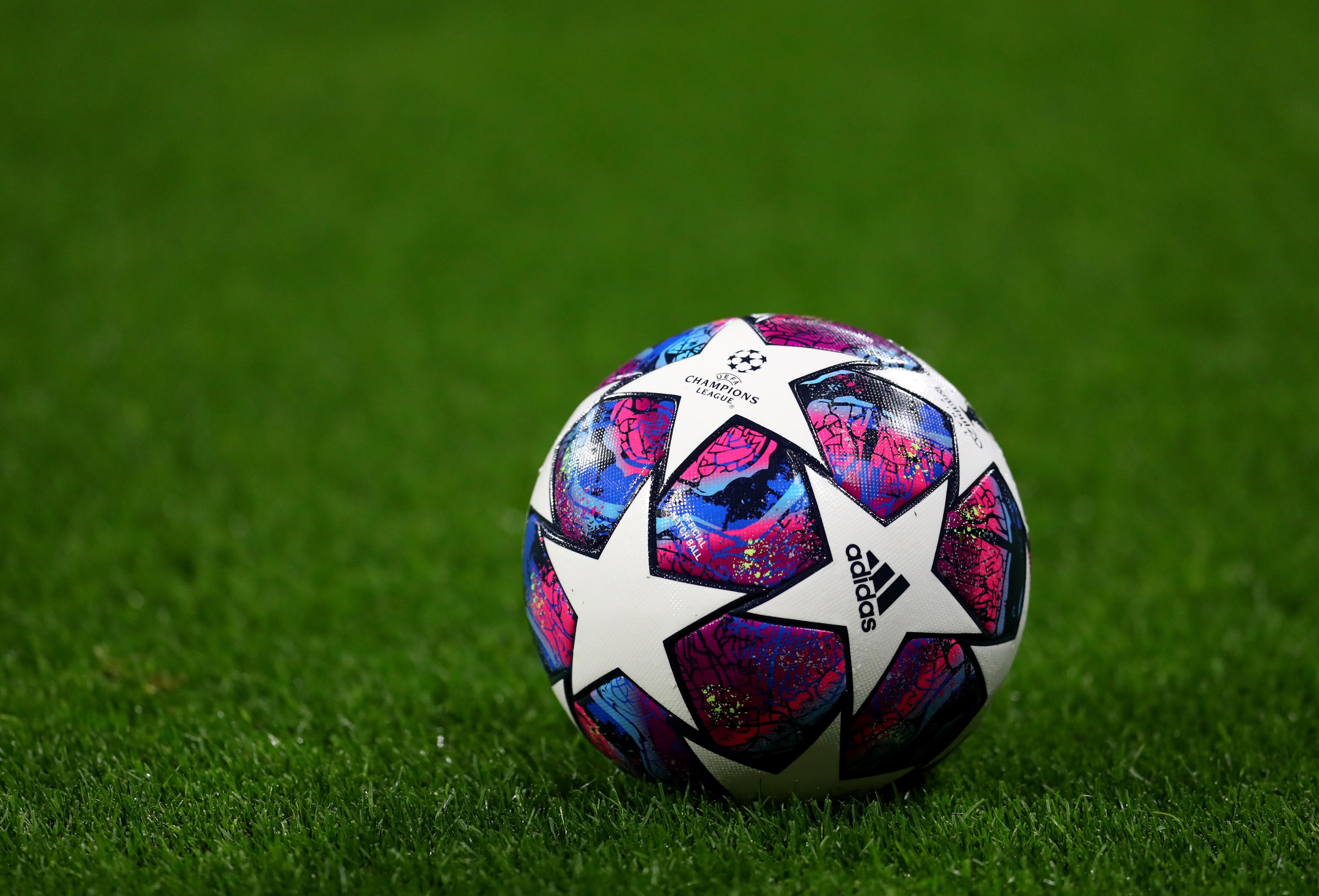 УЕФА продължава да държи на идеята за Финална четворка, която
