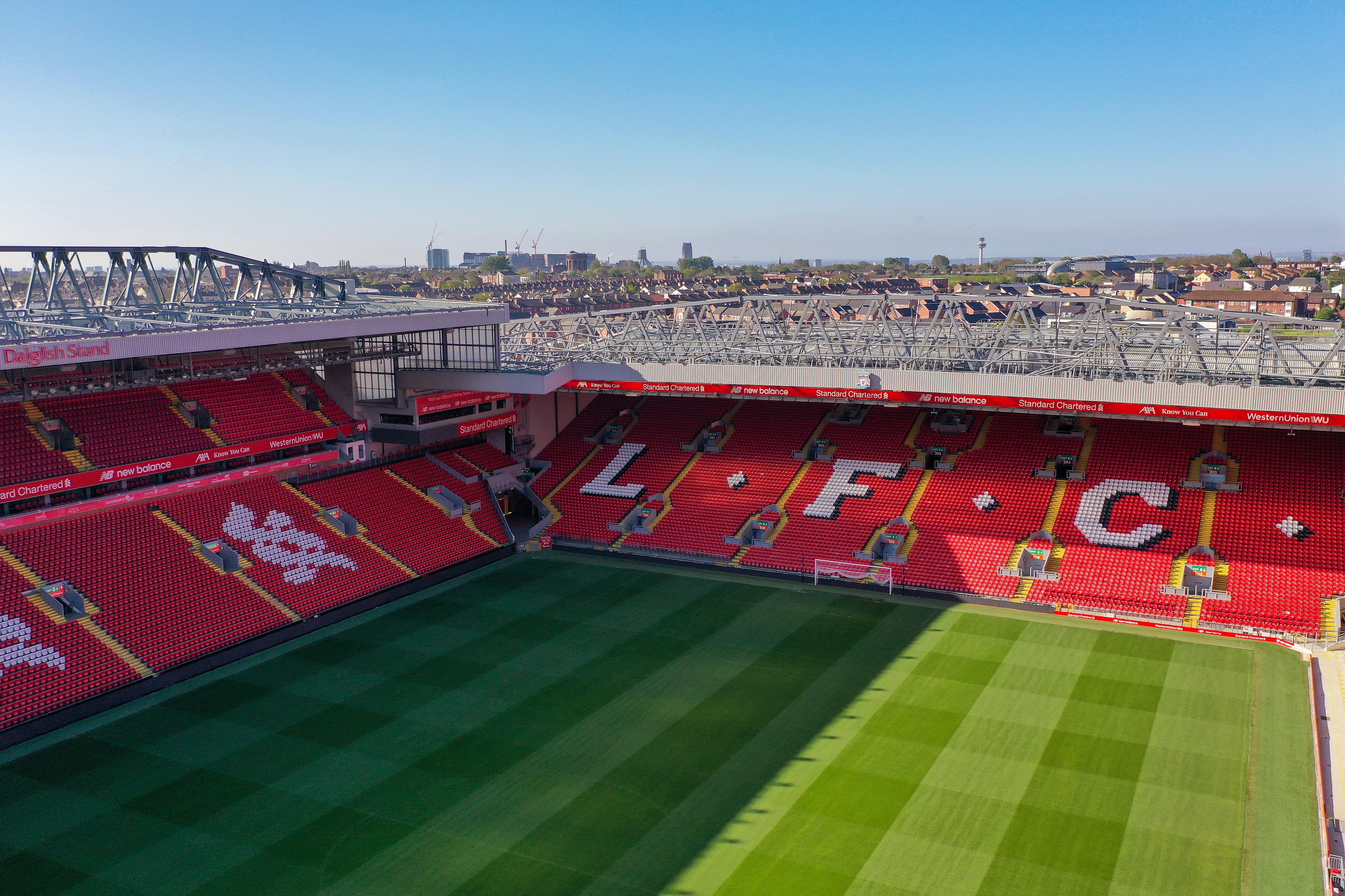 Полицията във Великобритания е определила шест мача от Висшата лига,