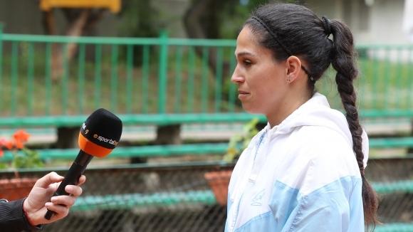 Една от най-добрите български тенисистки Изабелла Шиникова даде интервю за