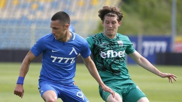 Отборите на Левски и Витоша (Бистрица) играят при 0:0 в