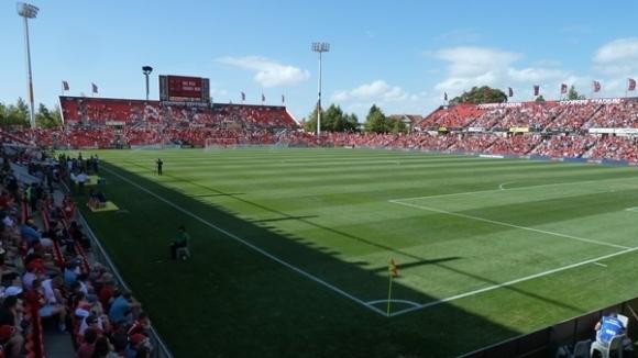 Аделаида Юнайтед и Мелбърн Виктори ще търсят нови треньори преди