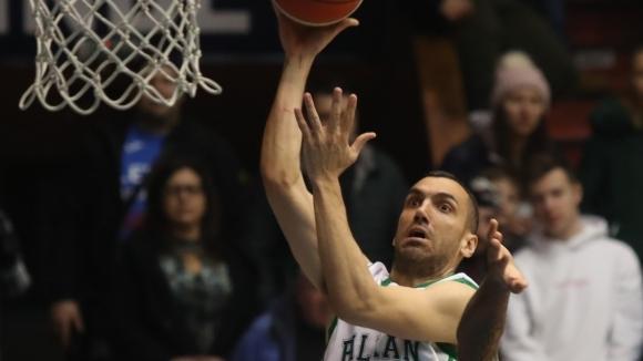Един от най-атрактивните състезатели в БФБ е-баскет лигата – Михайло
