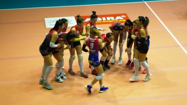 Школата на волейболен клуб Казанлък подновява официално тренировъчна дейност. След