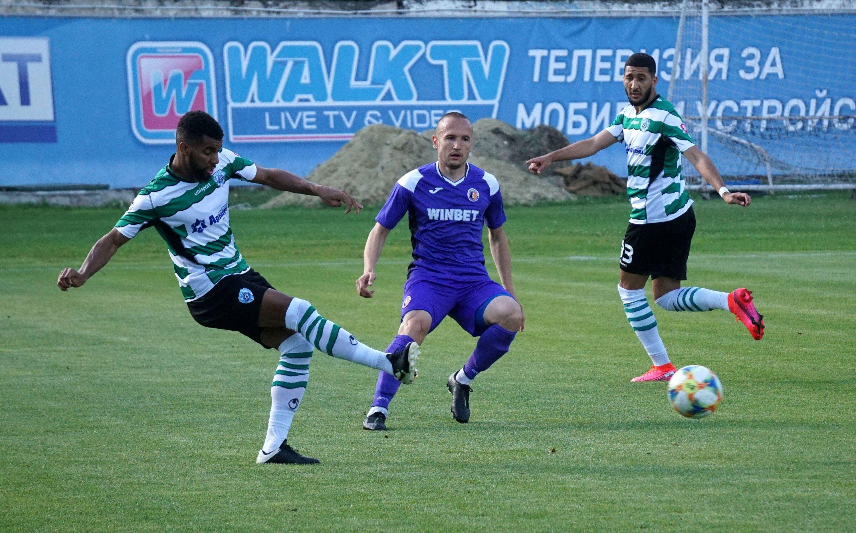 Черно море победи Етър с 2:0 в контролна среща на