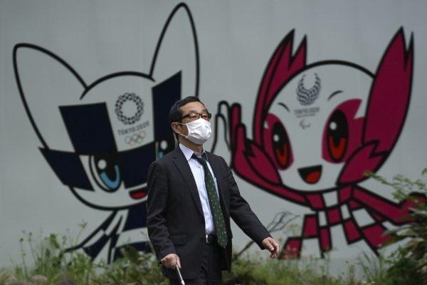 Японският лекар-епидемиолог Кентаро Иуата е песимист относно шансовете за провеждане
