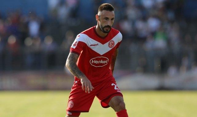 Защитникът на Фортуна (Дюселдорф) Диего Контенто ще напусне, когато изтече