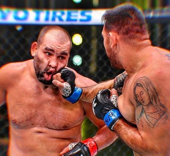Българският боец в UFC Благой Иванов слезе до 15-ото място