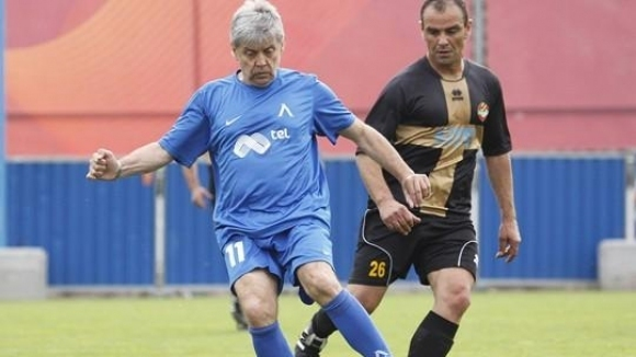 Един от емблематичните бивши футболисти на Левски - Емил Спасов