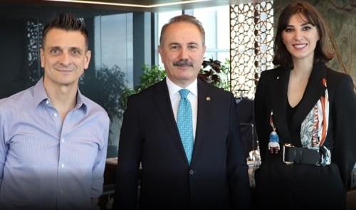 Една от най-големите звезди на турския волейбол Неслихан Демир Гюлер