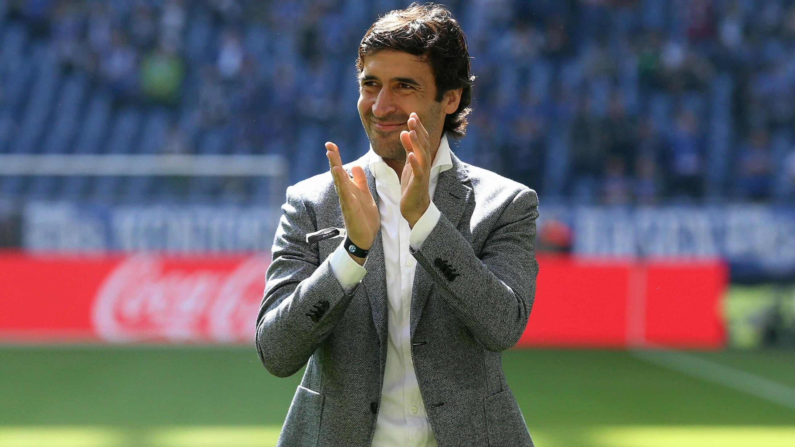 Легендарният нападател на Реал Мадрид Раул може да поведе Шалке,