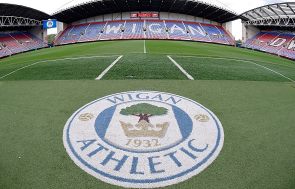 Английският футболен клуб Уигън официално смени собствеността си, съобщиха носителите