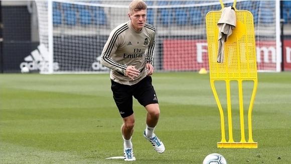 Полузащитникът на Реал Мадрид Тони Кроос даде по-различно интервю за
